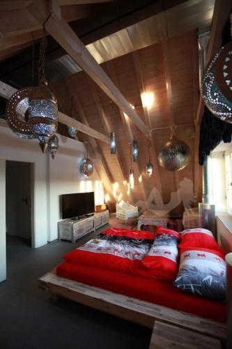 ALADIN Zimmer 6